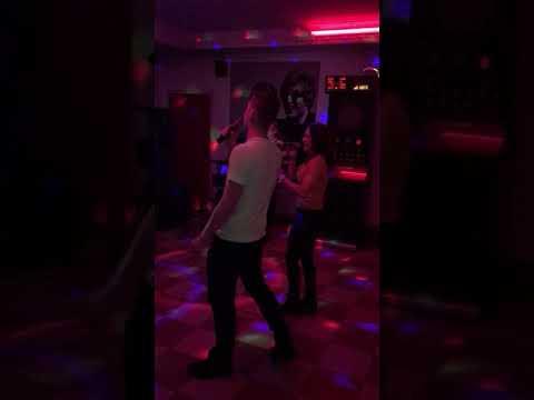Kis Grofo - Mert a Nezeset (Karaoke Party Abara)