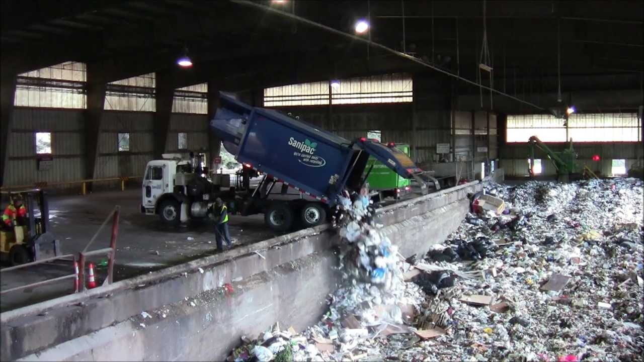 Garbage Dumps Garbage Trucks at The Dump