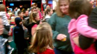 Chuck E Cheese doing the cupid shuffle