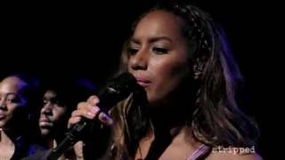 Leona Lewis - Bleeding Love - Live Z100