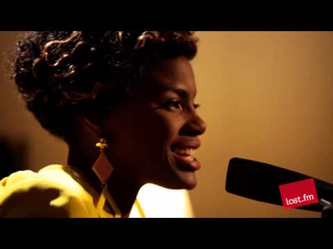 Noisettes - That Girl (Last.fm Sessions)