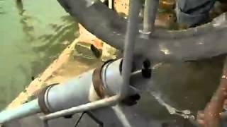 Máy bơm nước sáng tạo của nông dân Việt