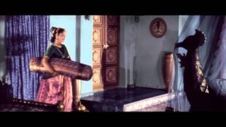 download lagu Mayabazar Movie  Beautiful Love Scene Between Anr & gratis