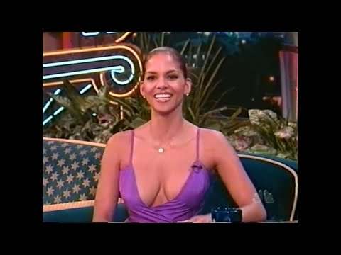 "HALLE BERRY - 32 - ""THE"" PURPLE DRESS - INTERVIEW - 1998 - VOB"