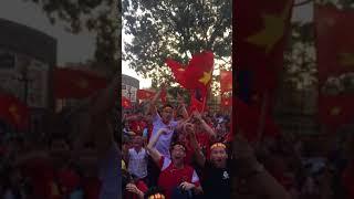Quang Hải gỡ hoà 2-2 sân Lạch Tray nổ tung