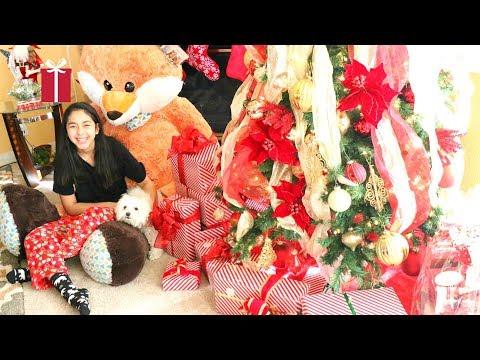 Opening my CHRISTMAS PRESENTS-B2cutecupcakes