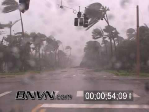 Hurricane Wilma Video - 10/24/2005 - Naples Florida - Part 9