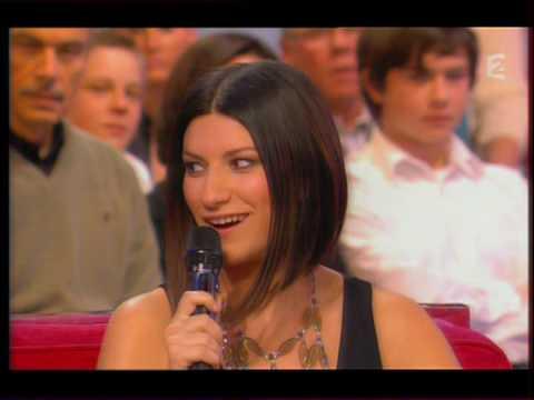 Laura PAUSINI & Charles AZNAVOUR Vivement Dimanche France 2 (18-01-2009) Paris au mois d'Août