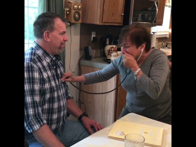Mom hears her son's heart beat again in transplant recipient
