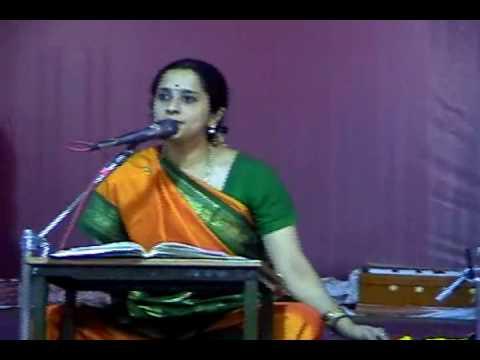 Kumbakonam Radhakalyanam - 2009 - Smt Visaka Hari - Sangeetha Upanyasam - Part 4 video