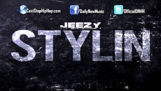 Watch Young Jeezy Stylin video