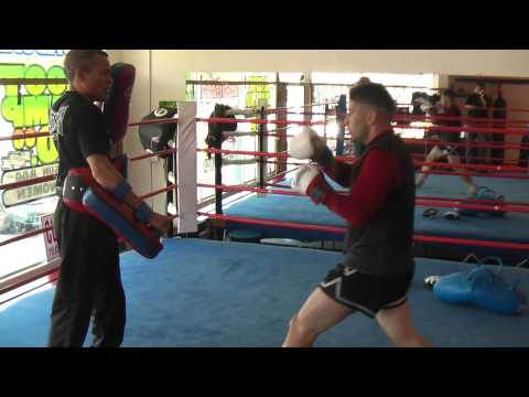 High Kick Combo Drill Muay Thai Training Image 1