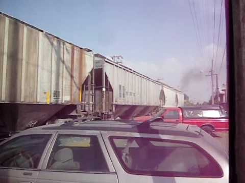 SERVICIO XALOSTOC GP38-2 No.9424 Video