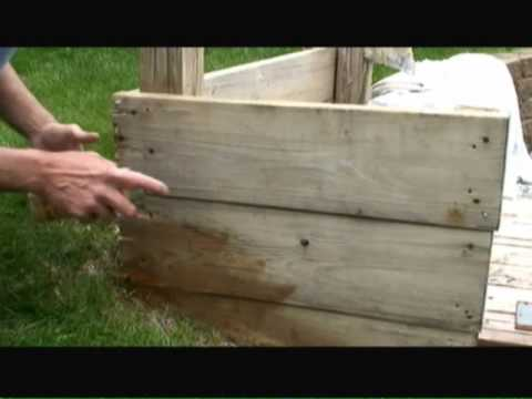 Krylon Exterior Wood Stain from a Spray Can