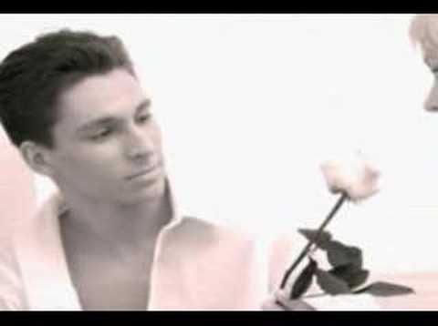 Децл aka Le Truk feat Robert Ryda - скачать музыку, клип, тексты песен.