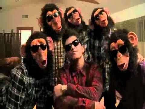 Bruno Mars - The Lazy Song Fast Chipmunks ברונו מארס בהילוך מהיר video