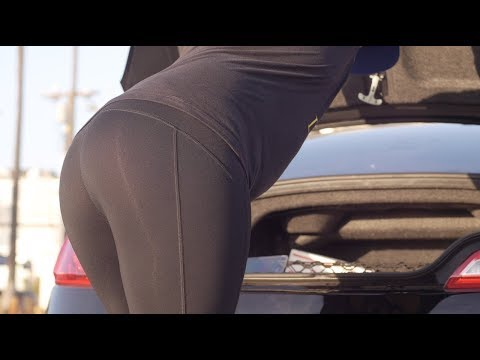 Dude In Yoga Pants Prank