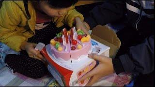 Trò chơi cắt bánh ăn bánh gato sinh nhật con dao kỳ diệu - Toy cutting cake birthday
