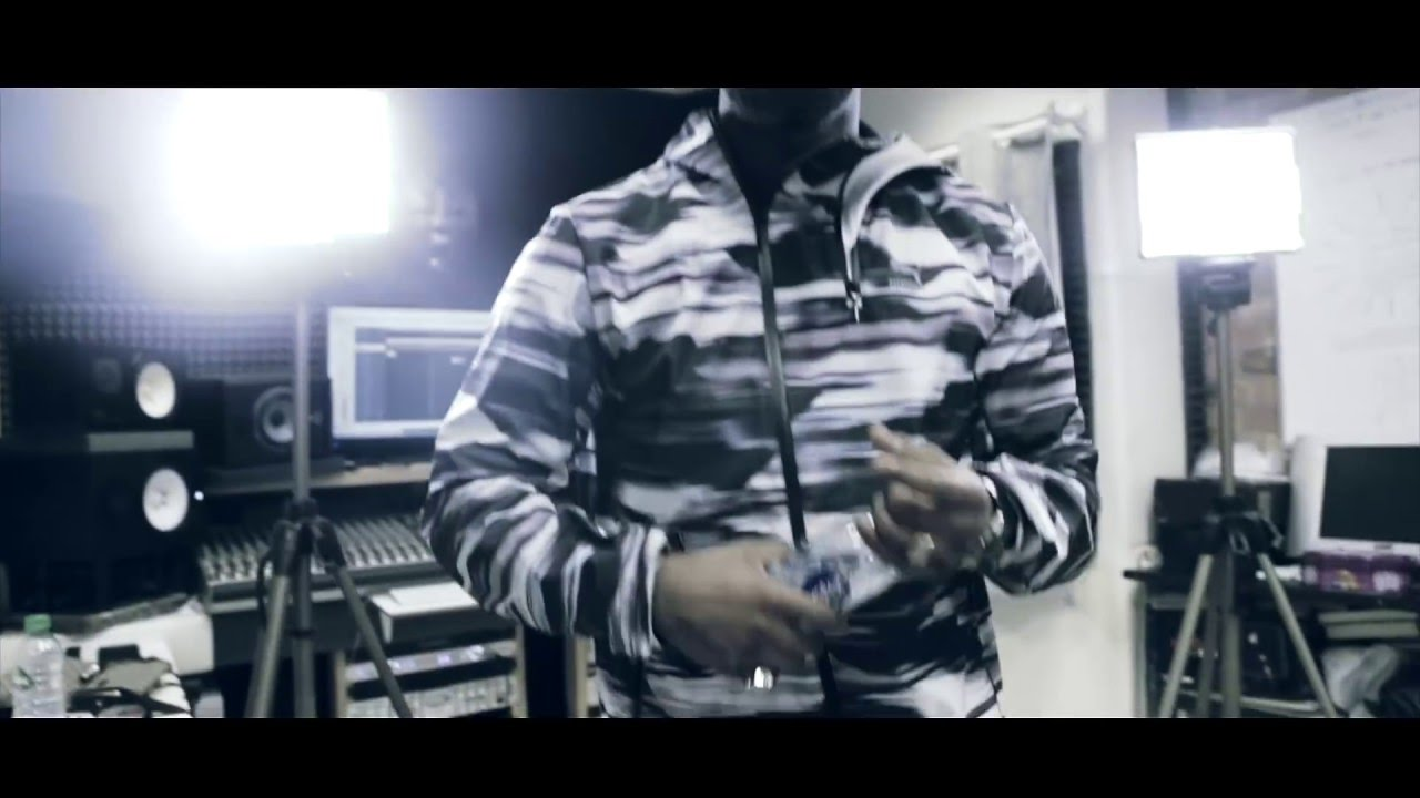 Cadet - Grime God #TheMixtape [Studio Video] @CallMeCadet @UncleFumez | Link Up TV