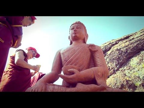 Освящение статуи Будды Шакьямуни и ступ Примирения в Хоринском районе республики Бурятия
