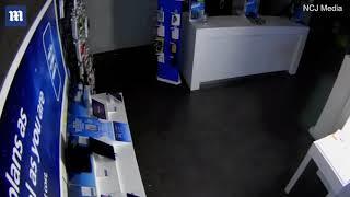 Footage shows thieves smashing car into mall doors to raid O2 shop