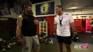 Fight Night Porto Alegre: Gym Stories - Bigfoot Silva & Roy Nelson