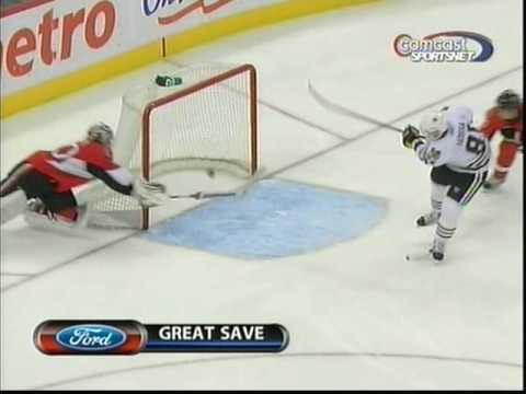 Brian Elliott great desperation save on Marian Hossa Video