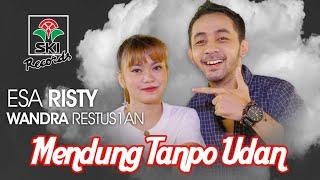 Download lagu Esa Risty & Wandra Restusiyan - Mendung Tanpo Udan
