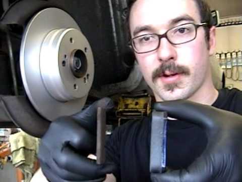 Замена задних тормозных колодок Mercedes-Benz w124