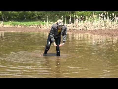 Wet overknee boots