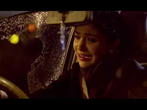 Anushka Sharma Attacked By Some Street Punks In Delhi