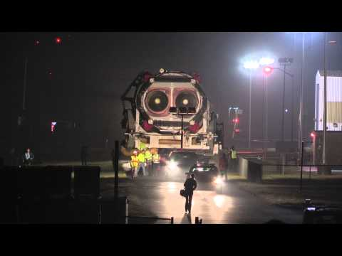 Orb-2's Antares Rolls Out to Launch Pad (Time-Lapse)