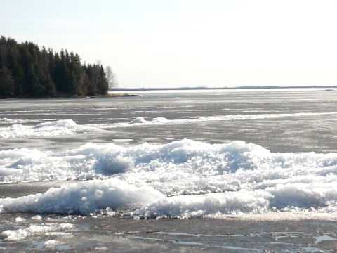 Eruption of ice crystals on Eagle Lake