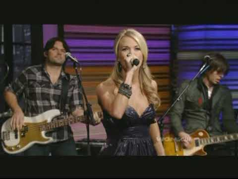 "Carrie Underwood Performing, ""Cowboy Casanova"" On Regis & Kelly 11-5-09"