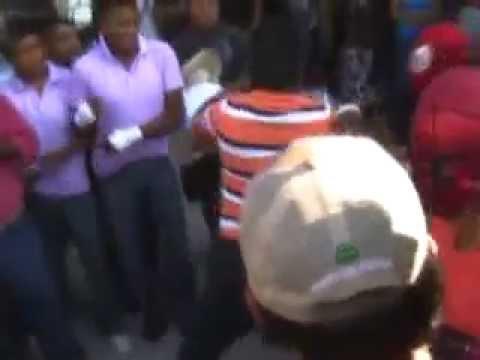 Peleas en honor a Tláloc animan Carnaval de Zitlala, Guerrero