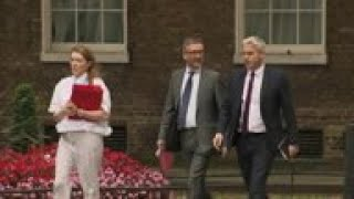 UK Cabinet gathers ahead of Parliament session
