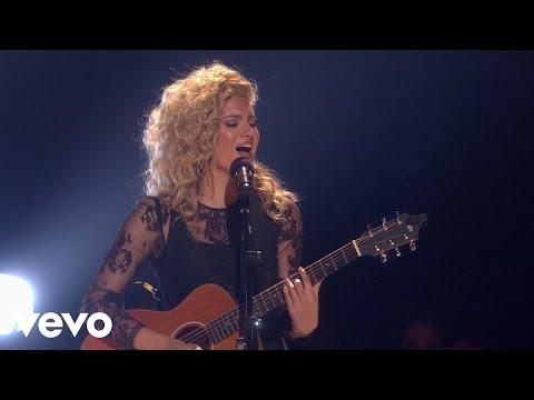 Tori Kelly - Nobody Love (Live From The 2015 Radio Disney Music Awards)