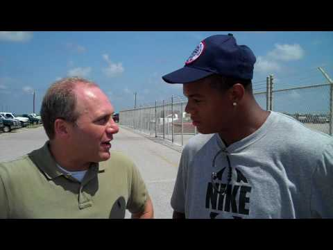 Scalise interviews Pierre Thomas on Grand Isle about the Gulf oil spill.MP4