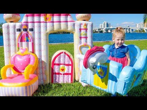 Влог: Рум Тур дома в Майами и распаковка игрушки Замок Принцессы Видео для детей