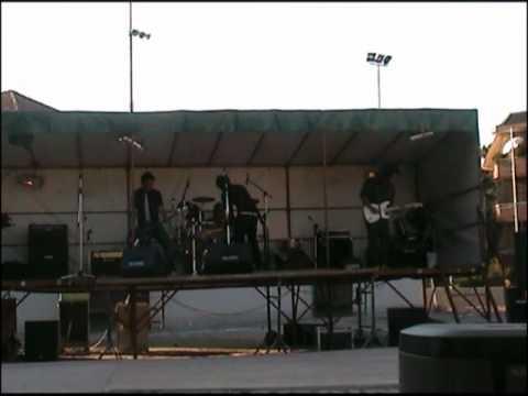 Gruppo giovani cirimido _ FESTA DELLA MUSICA _ 2007_ Everybody loves Sandy ex Letterbomb @Live