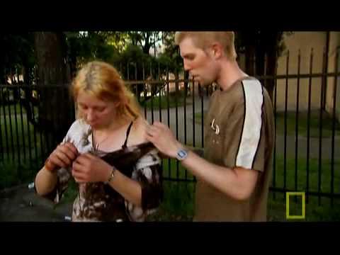Syringe on street girl 5 jeringa en la calle a jovencita 5 - 3 part 8
