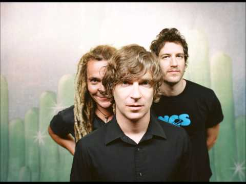 Nada Surf - Silent Fighting
