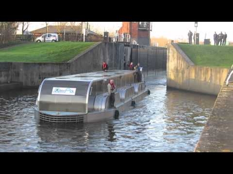 OblinArk Hydrokinetic Power Barge Lemonroyd-90-SID Commissioning Leeds UK