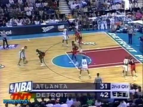Grant Hill 24pts-8ast vs. Hawks Game3 1997 Playoffs - Big Block on C.Laettner