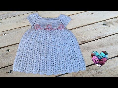 Robe b b de 0 3 mois avec explications en fran ais en vid o mod les pour b b au crochet - Robe bebe en crochet avec grille ...