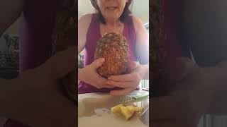 Viral Pineapple video-does it really work?