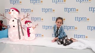 OUR TTPM 2018 HOLIDAY SHOWCASE EXPERIENCE!! | Mommy and Maddie
