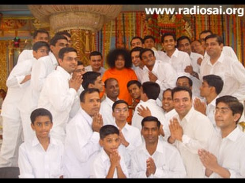One With Sai: August 2013- Devotional Music by Sundaram Bhajan Group, Chennai