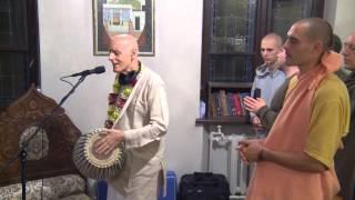 2014.10.21. Deities Greeting, Guru Puja HG Sankarshan Das Adhikari, Kaunas, Lithuania