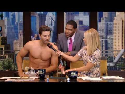 "Shirtless ""Zesty"" Surprise on ""LIVE with Kelly and Michael"""